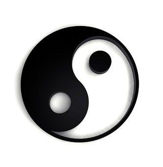 collar yin yang